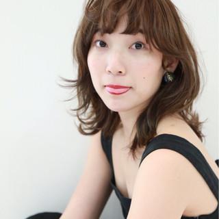 ミディアム エレガント アンニュイ 色気 ヘアスタイルや髪型の写真・画像
