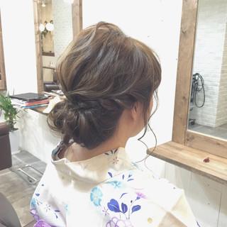 ロープ編み 大人かわいい ヘアアレンジ セミロング ヘアスタイルや髪型の写真・画像