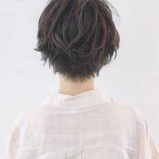 ゆるふわ ウェーブ ショート 簡単 ヘアスタイルや髪型の写真・画像