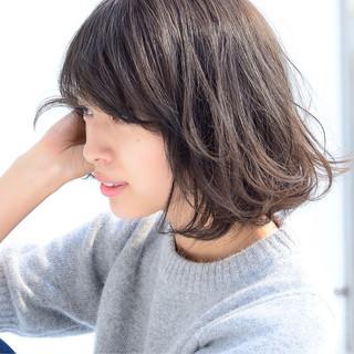 ゆるふわ 大人かわいい 簡単 ナチュラル ヘアスタイルや髪型の写真・画像