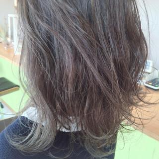 ヘアアレンジ 外国人風 ストリート グラデーションカラー ヘアスタイルや髪型の写真・画像 ヘアスタイルや髪型の写真・画像