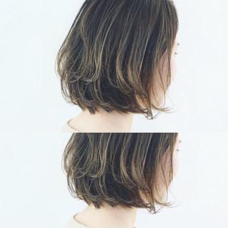 グラデーションカラー ボブ ストリート 切りっぱなし ヘアスタイルや髪型の写真・画像