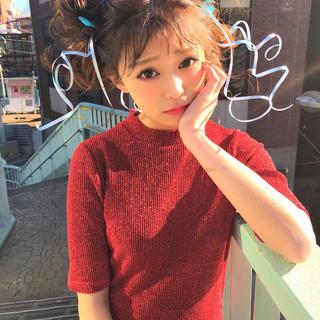 ガーリー ヘアアレンジ ミディアム 謝恩会 ヘアスタイルや髪型の写真・画像