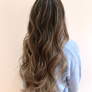 ナチュラル 地毛ハイライト 3Dハイライト ハイライト ヘアスタイルや髪型の写真・画像 ヘアスタイルや髪型の写真・画像