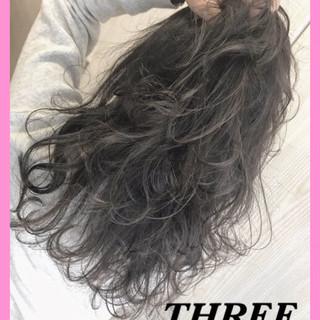 スポーツ セミロング ダブルカラー ヘアアレンジ ヘアスタイルや髪型の写真・画像