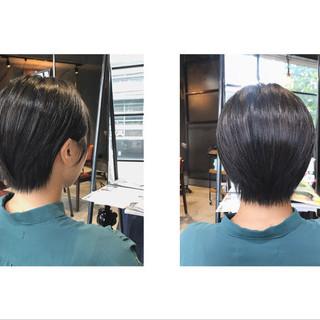 ハンサムショート ショートバング ショートヘア ナチュラル ヘアスタイルや髪型の写真・画像
