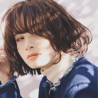 ボブ パーマ アッシュ 外国人風 ヘアスタイルや髪型の写真・画像