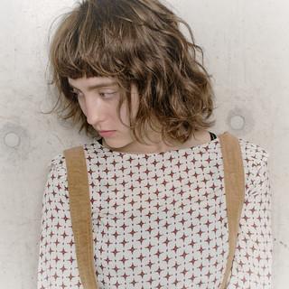 アンニュイほつれヘア 外ハネボブ フェミニン ボブ ヘアスタイルや髪型の写真・画像