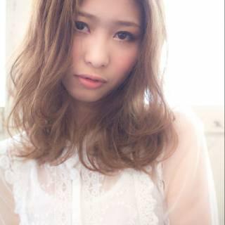 ガーリー フェミニン モテ髪 ミディアム ヘアスタイルや髪型の写真・画像 ヘアスタイルや髪型の写真・画像