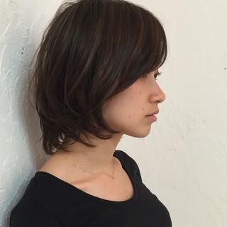 暗髪 アッシュ アッシュグレージュ ハイライト ヘアスタイルや髪型の写真・画像