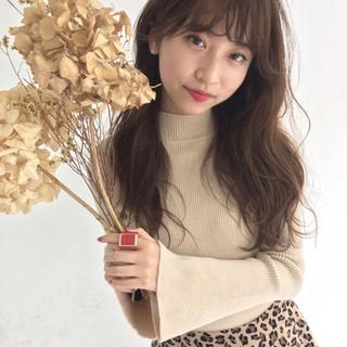 女子力 秋 フェミニン ウェーブ ヘアスタイルや髪型の写真・画像