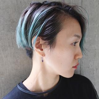 ハイライト ショート モード グラデーションカラー ヘアスタイルや髪型の写真・画像