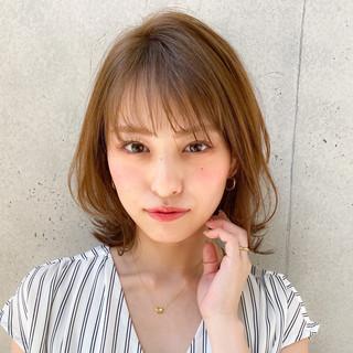透明感カラー 色気 レイヤーカット 大人ミディアム ヘアスタイルや髪型の写真・画像