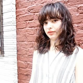 秋 ウェーブ 透明感 パーマ ヘアスタイルや髪型の写真・画像