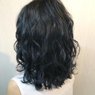 岡崎 薫さんのヘアスナップ