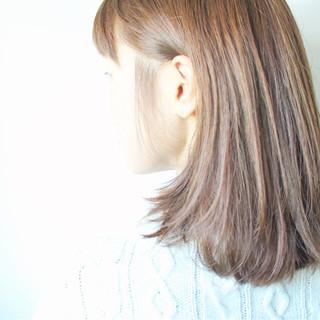 外国人風カラー ナチュラル アッシュ グレージュ ヘアスタイルや髪型の写真・画像 ヘアスタイルや髪型の写真・画像