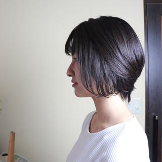 オフィス アッシュ ショート デート ヘアスタイルや髪型の写真・画像