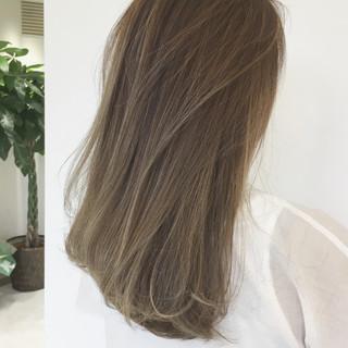 リラックス ヘアアレンジ 透明感 アウトドア ヘアスタイルや髪型の写真・画像 ヘアスタイルや髪型の写真・画像