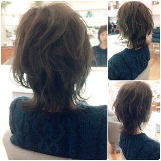 マッシュ ミディアム ウルフカット ストリート ヘアスタイルや髪型の写真・画像 ヘアスタイルや髪型の写真・画像