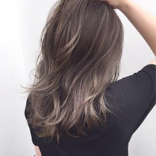 ミディアム 似合わせ バレイヤージュ 外国人風 ヘアスタイルや髪型の写真・画像