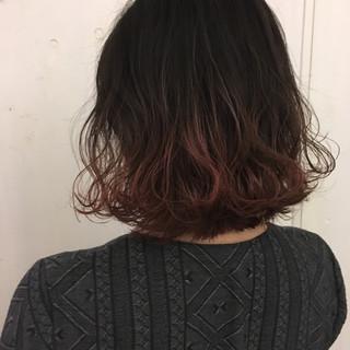 アッシュ ピンク ボブ ストリート ヘアスタイルや髪型の写真・画像