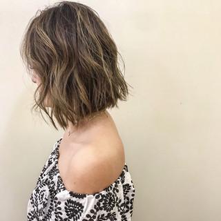 夏 ヘアアレンジ ハイライト 涼しげ ヘアスタイルや髪型の写真・画像