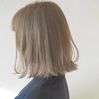 デート アウトドア スポーツ ナチュラル ヘアスタイルや髪型の写真・画像