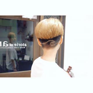 ショート デザイン モード ブリーチカラー ヘアスタイルや髪型の写真・画像