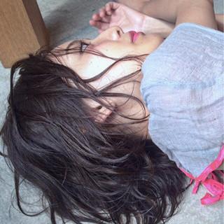 外国人風 前髪あり パーマ 黒髪 ヘアスタイルや髪型の写真・画像