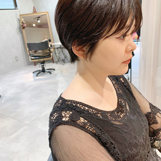 黒髪 ショートヘア ハンサムショート ナチュラル ヘアスタイルや髪型の写真・画像