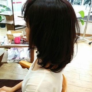 暗髪 コンサバ 大人かわいい ミディアム ヘアスタイルや髪型の写真・画像
