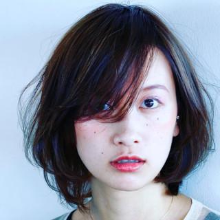 パーマ ゆるふわ ミディアム フェミニン ヘアスタイルや髪型の写真・画像