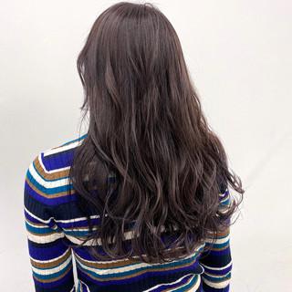 ラベンダーピンク ラベンダーカラー ラベンダーアッシュ 切りっぱなしボブ ヘアスタイルや髪型の写真・画像