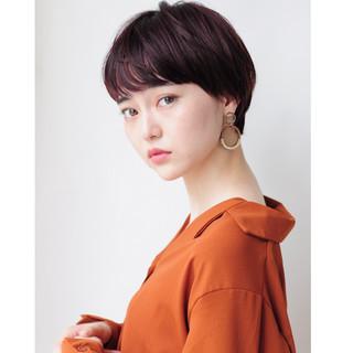 ピンクブラウン ナチュラル ショートヘア ベリーショート ヘアスタイルや髪型の写真・画像