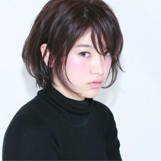 アッシュ ナチュラル ショートボブ 黒髪 ヘアスタイルや髪型の写真・画像