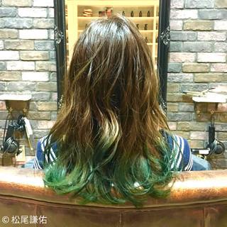 カラートリートメント ストリート ロング グリーン ヘアスタイルや髪型の写真・画像 ヘアスタイルや髪型の写真・画像