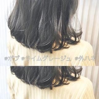 グレージュ アッシュグレージュ アンニュイほつれヘア ボブ ヘアスタイルや髪型の写真・画像