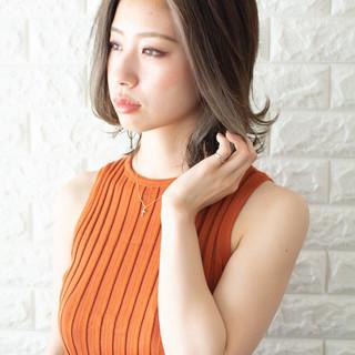 ミディアム デート 大人可愛い オフィス ヘアスタイルや髪型の写真・画像