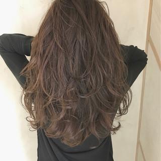 ハイライト コンサバ アッシュ 外国人風 ヘアスタイルや髪型の写真・画像