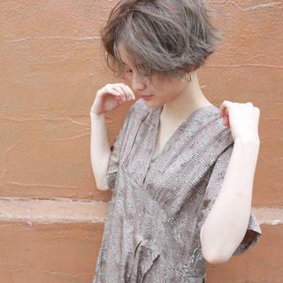 束感 ナチュラル 簡単 ブリーチ ヘアスタイルや髪型の写真・画像