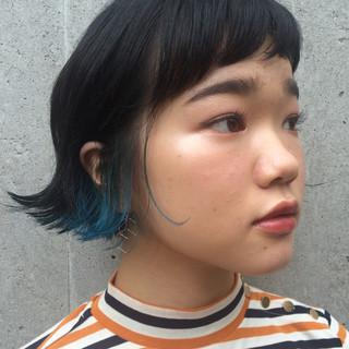 ダブルカラー 外ハネ ボブ 切りっぱなし ヘアスタイルや髪型の写真・画像
