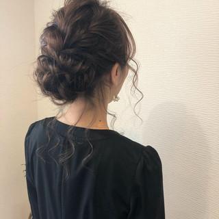 ヘアアレンジ アップ 結婚式 セミロング ヘアスタイルや髪型の写真・画像