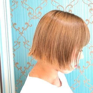 ハイトーンボブ ベージュカラー ベージュ ストリート ヘアスタイルや髪型の写真・画像