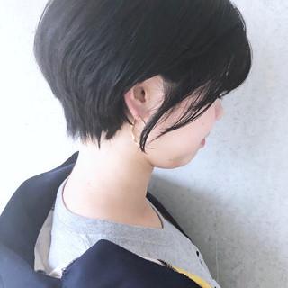 デート ショート 黒髪 ナチュラル ヘアスタイルや髪型の写真・画像