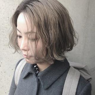 ボブ 金髪 外国人風 ナチュラル ヘアスタイルや髪型の写真・画像
