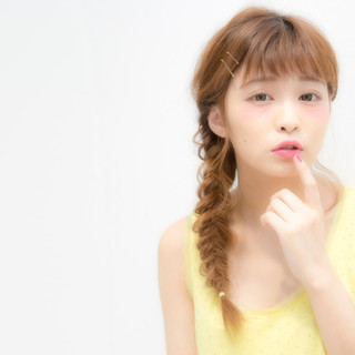 外国人風 グレージュ ヘアピン アッシュ ヘアスタイルや髪型の写真・画像