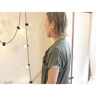前下がりボブ ナチュラル ミニボブ ミルクティーベージュ ヘアスタイルや髪型の写真・画像