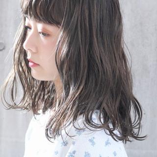 外国人風カラー アンニュイほつれヘア ミディアム 大人かわいい ヘアスタイルや髪型の写真・画像