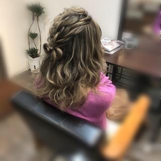 編み込み ヘアセット ガーリー ヘアアレンジ ヘアスタイルや髪型の写真・画像
