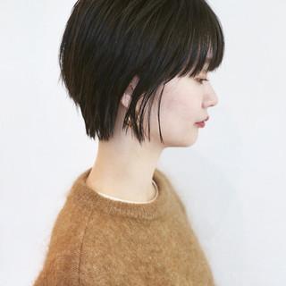 マッシュ 黒髪ショート ナチュラル ウルフカット ヘアスタイルや髪型の写真・画像